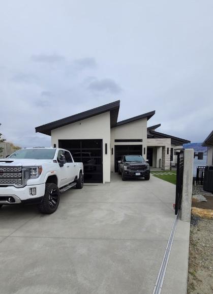 Fiberglass-laminate-shingle-roof-Okanagan